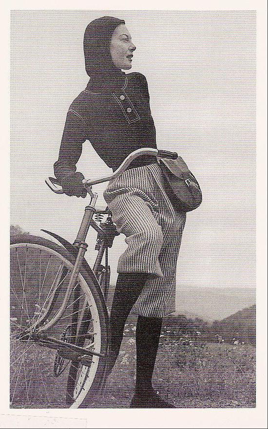 阔腿裤让女性活动时更加自如图片来源:Image