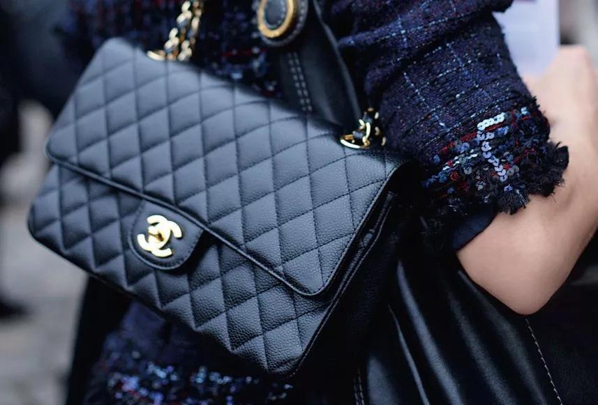 Chanel的菱格紋皮穿鏈經典款女包