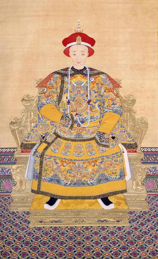 《咸丰皇帝朝服像》,心疼换了26身衣服的咸丰帝