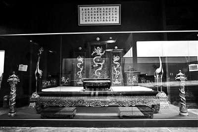 北京市属公园馆藏文物首次集结亮相首博