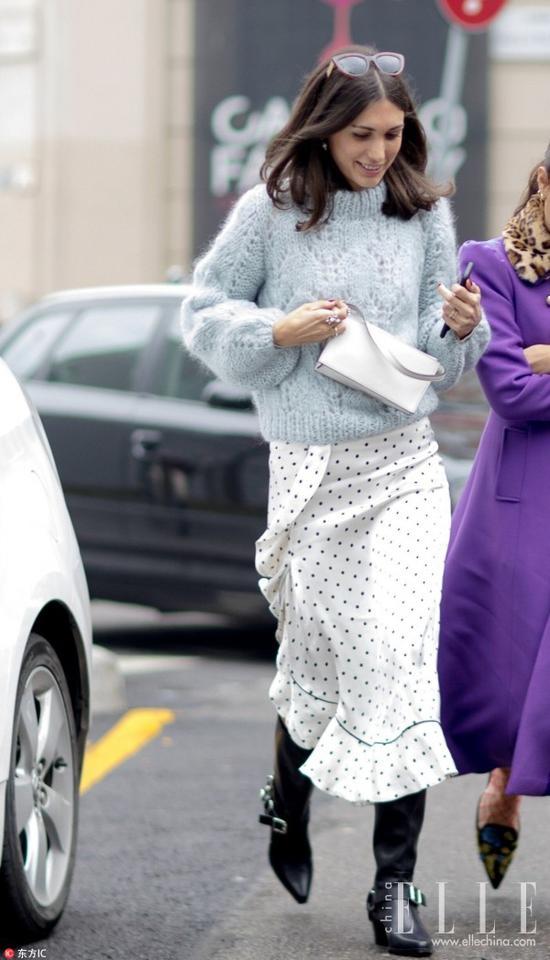 没有一条热巴同款的印花半裙怎么玩混搭