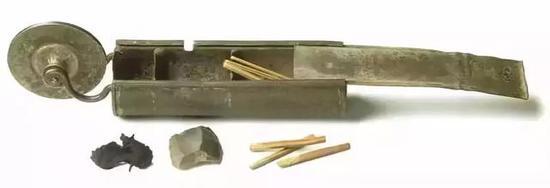 不过真正意义上的第一个现代打火机还是由IMCO所创。