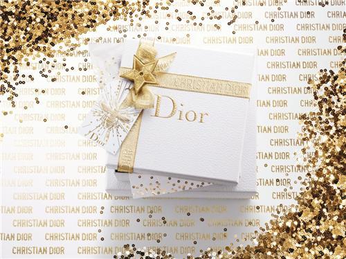 让满载惊喜的DIOR迪奥臻美礼盒 予你年末非凡心意