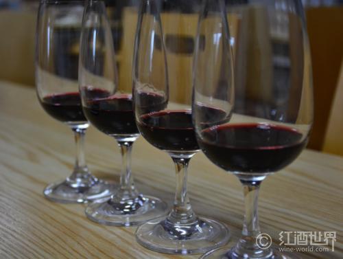 如何判断一款酒的品质?