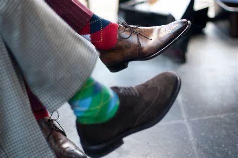 脚上穿的除了鞋子 必然少不了夏日短筒袜