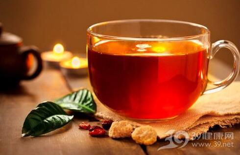 两种中药汤茶防春季皮肤过敏