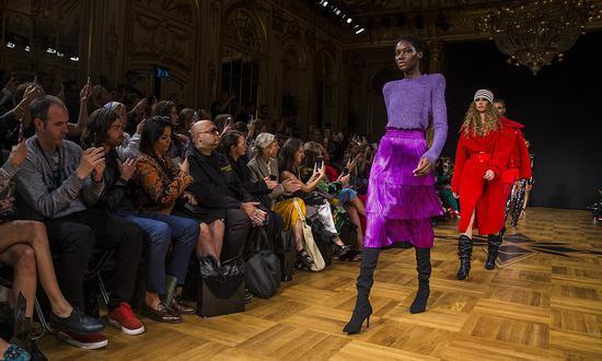 追求可持续发展 瑞典时装协会取消斯德哥尔摩时装周时装周瑞典斯德哥尔摩时装周