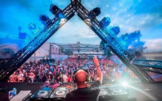 Ibiza 夜店精神领袖 Space