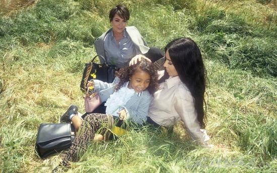 North West与Kim Kardashian早前曾为Fendi拍摄广告大片