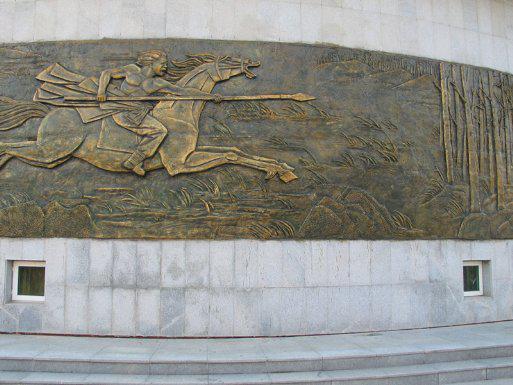(2008年《同江赫哲族博物馆壁画设计》部分照)