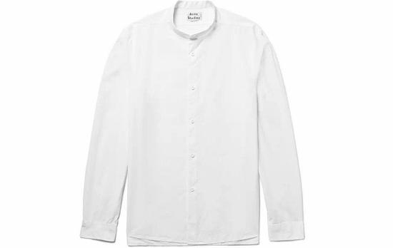 ●Acne Studios的立领衬衫非常文艺,版型是修身的流线型款,适合大多数人。
