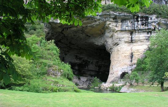 马斯达济勒(Mas d'Azil)岩洞  france-voyage.com 图