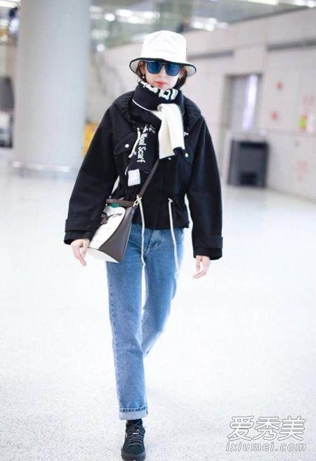 和牛仔裤搭配起来也很协调,春季有这样一款短外套真的是很实用呢。