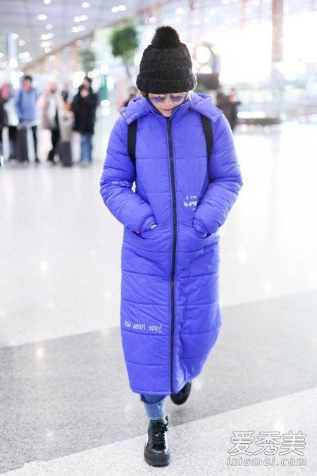 刘雯最新私服 示范流行色紫色羽绒服搭配