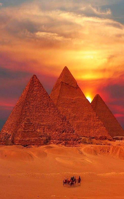 埃及金字塔 图片来源自Playbuzz