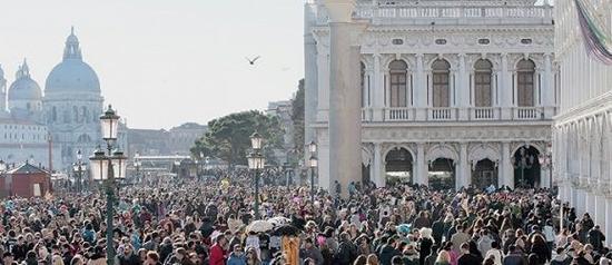 人满为患的威尼斯
