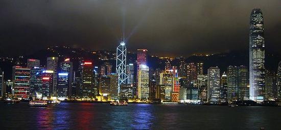 香港尖沙咀文化中心露天广场 图片来源自Frank (bbqboy)
