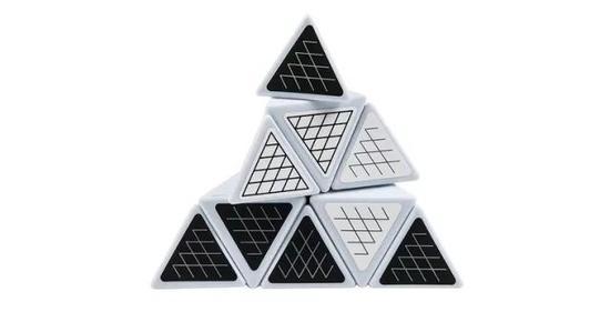 金字塔3D魔方