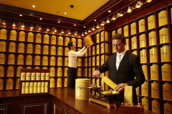 茶单上600多种琳琅满目、名称各异的茶品绝对能让选择综合征患者立马崩溃。