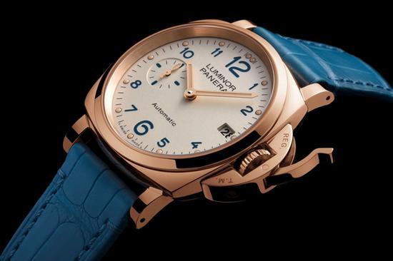 沛纳海LUMINOR DUE 3 DAYS AUTOMATIC腕表38毫米,图片来源于沛纳海。