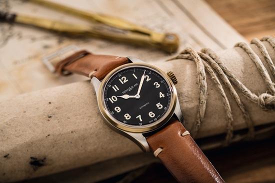 万宝龙1858系列自动上链腕表,图片来源于万宝龙。