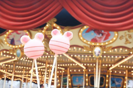 2月9日限量版米奇情人节限定徽章在美妙记忆屋全新发售