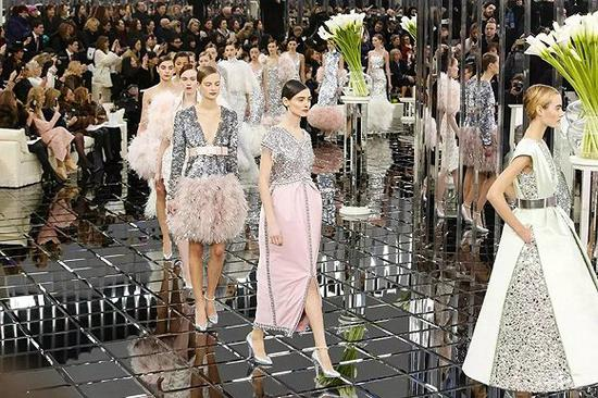 "Chanel将花2500万装修""大皇宫"""