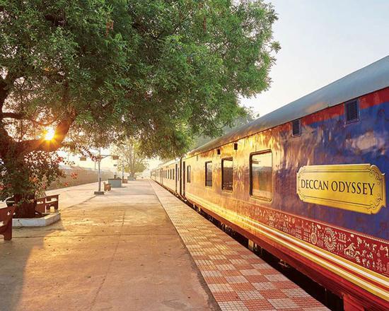 坐着火车去旅行 亚洲五大豪华专列带来出行新选择