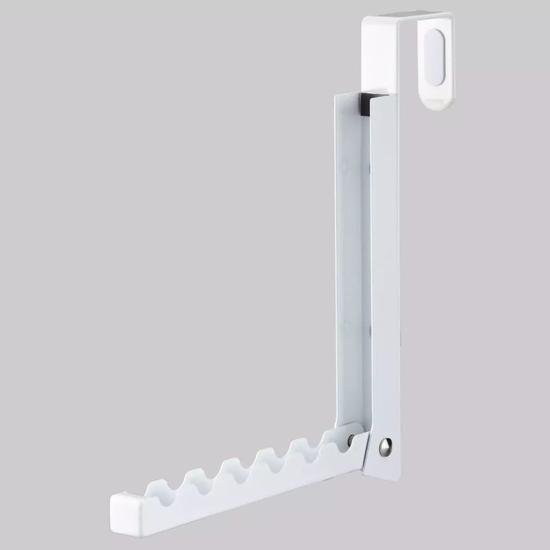 也可以去掉钩子直接钉在墙面的任何位置。