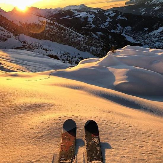 滑雪场 图片来源自instagram.com