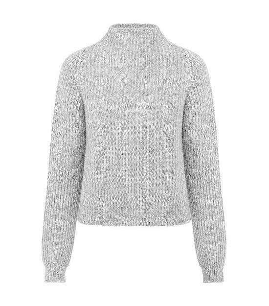针织衫:Anine Bing