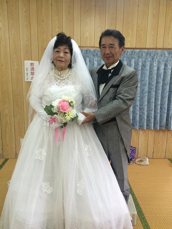 """专治各种不开心 去小滨岛邂逅日本""""超高龄""""女团"""