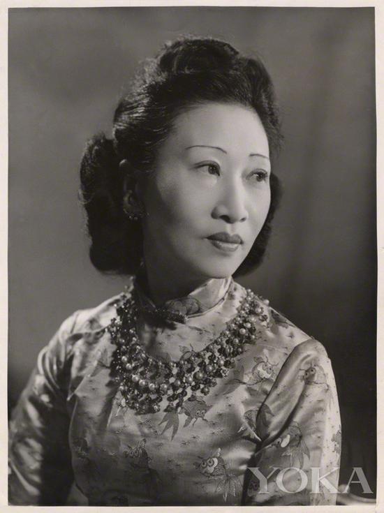 黄蕙兰痴迷旗袍,图片来自Pinterest。