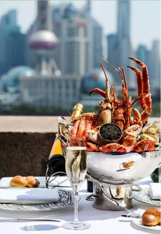 3、上海波特曼丽思卡尔顿酒店快闪酒吧