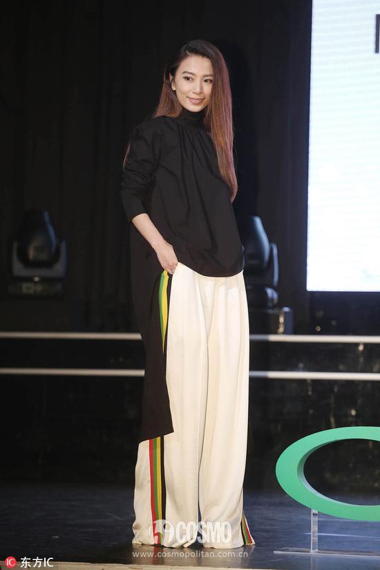 田馥甄身着Celine长裤