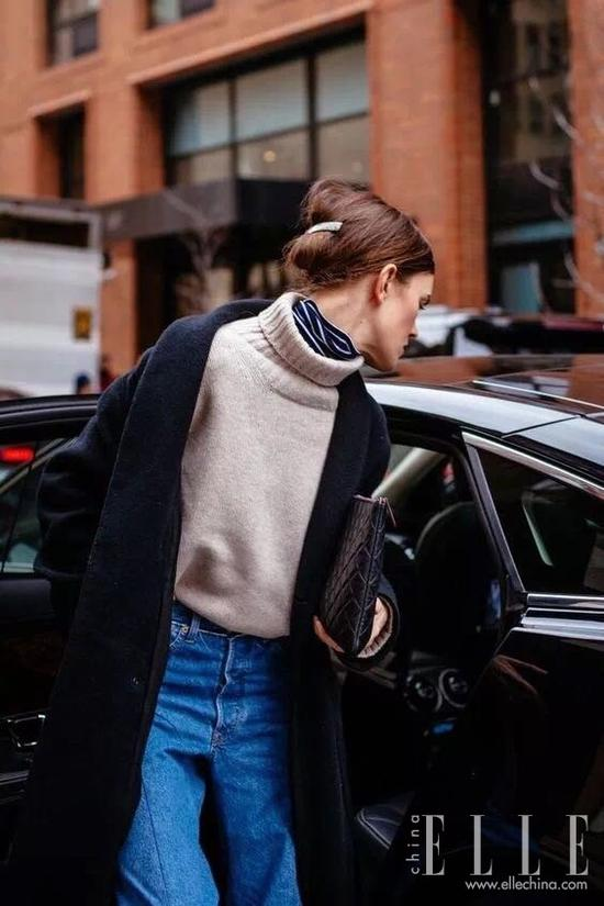穿大衣该怎么裹围巾?最时髦的N种方式