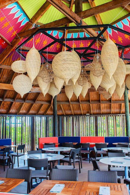 Renaissance Aruba Resort酒店餐厅 图片来源自jetsetter.com