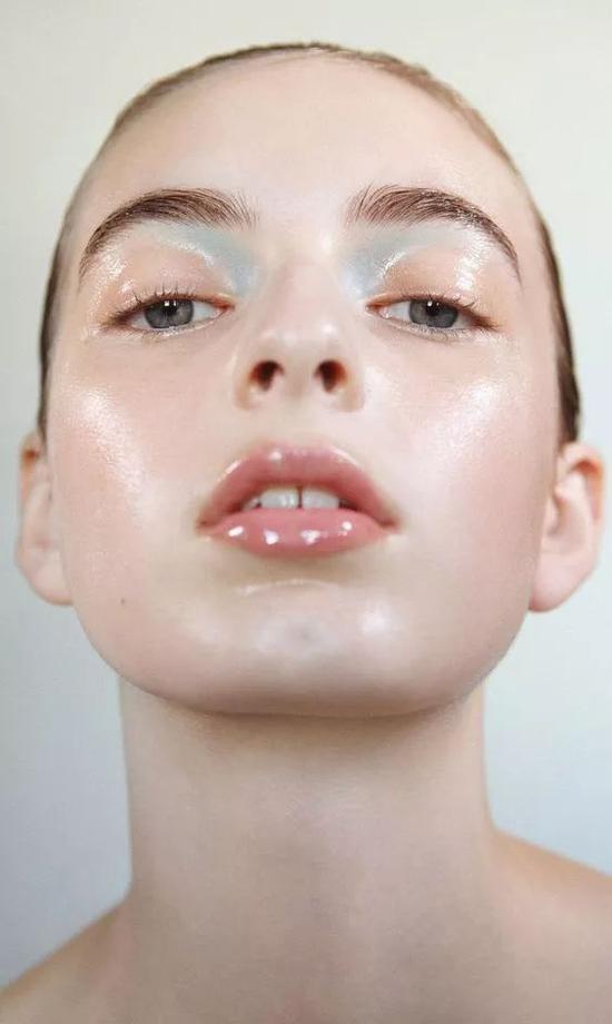 Tip3:植物成分的护肤油不能省
