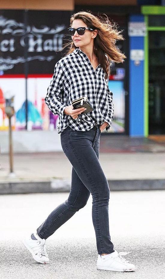 杨幂刘雯的时髦感 都是靠一双球鞋搭出来的
