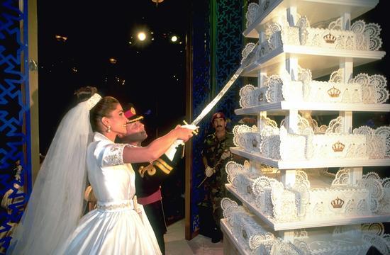 拉尼亚与约旦国王阿卜杜拉二世婚礼蛋糕