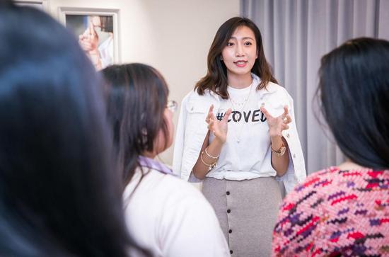 抖音、微博KOL 与粉丝在全新爱意空间Pandora Café 近距离沟通交流