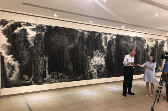知名美术评论家陈传席现场点评来支钢作品《艺?道》