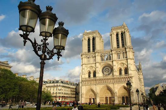 火灾之前的巴黎圣母院