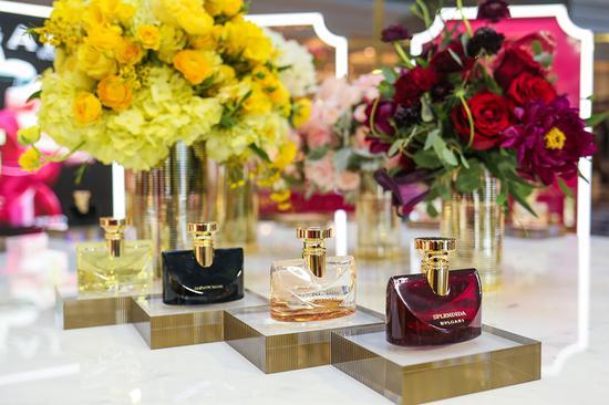 BVLGARI SPLENDIDA宝格丽花神系列香水产品近照