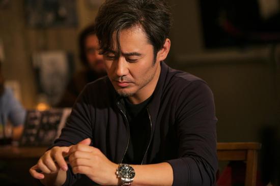 吴秀波佩戴宝珀腕表出镜电影《北京遇上西雅图》