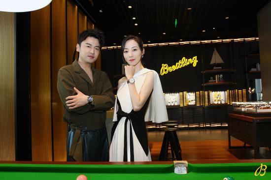 雷佳音与韩雪出席百年灵Breitling王府中环旗舰店开幕典礼