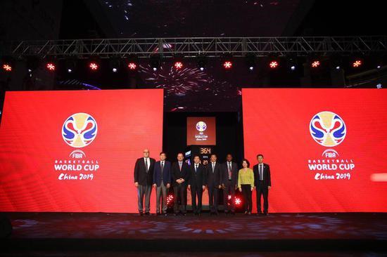 天梭表为2019年国际篮联篮球世界杯开启一周年倒计时