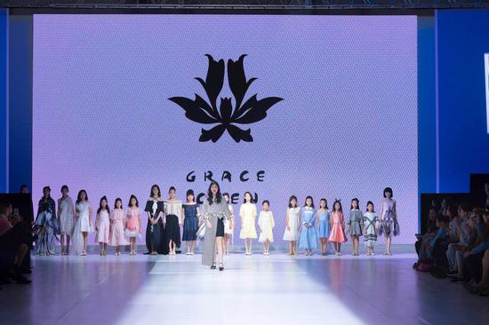 Maxine Wang & Grace Chen 2018少女