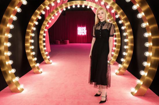 TWIST MIUse 国际影星Elle Fanning