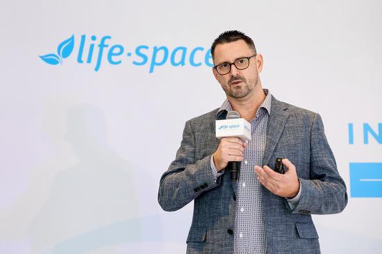 Life-Space品牌创始人兼科研总监 Craig Silbery